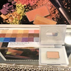 NEW Marykay mineral eye color, Spun Silk
